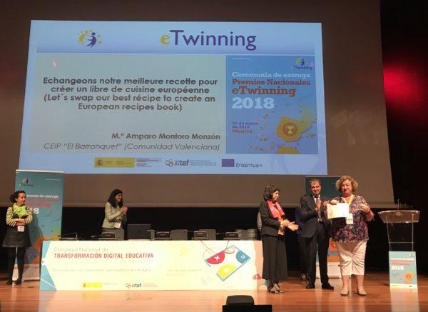 """Premio Nacional eTwinning 2018 """"Echangeons notre melleure recette pour créer un livre de cuisine européene"""""""
